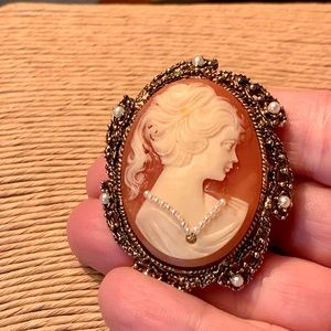 Antique Angel Skin Carved Cameo Brooch Pendant